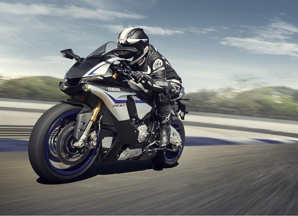 Nuova Yamaha R1: è lei la regina - Foto 35 di 95