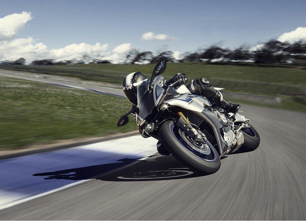 Nuova Yamaha R1: è lei la regina - Foto 37 di 95