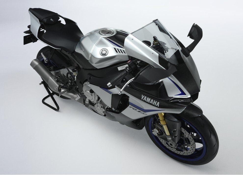 Nuova Yamaha R1: è lei la regina - Foto 39 di 95