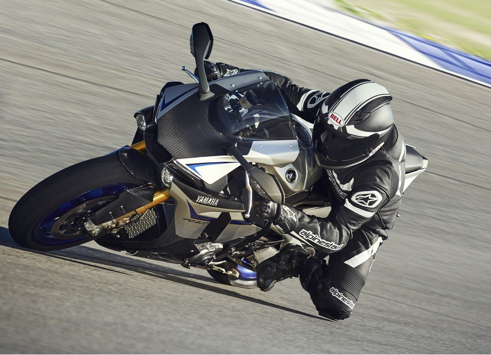 Nuova Yamaha R1: è lei la regina - Foto 40 di 95