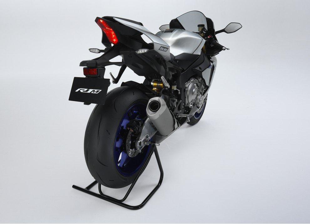 Nuova Yamaha R1: è lei la regina - Foto 43 di 95