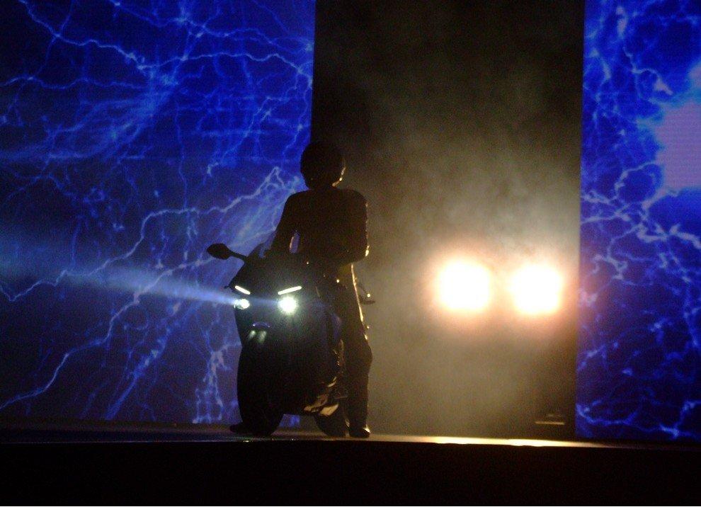 Nuova Yamaha R1: è lei la regina - Foto 56 di 95