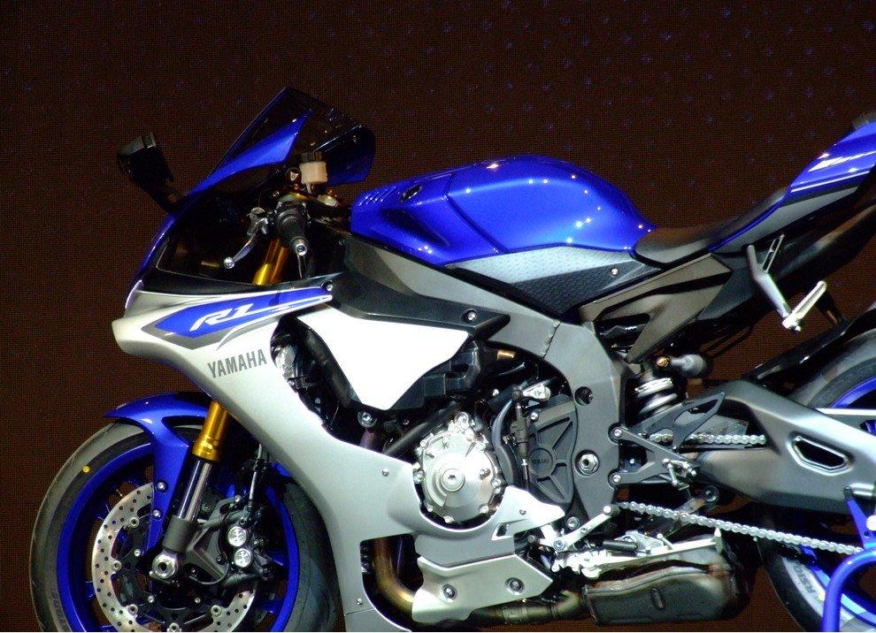 Nuova Yamaha R1: è lei la regina - Foto 64 di 95