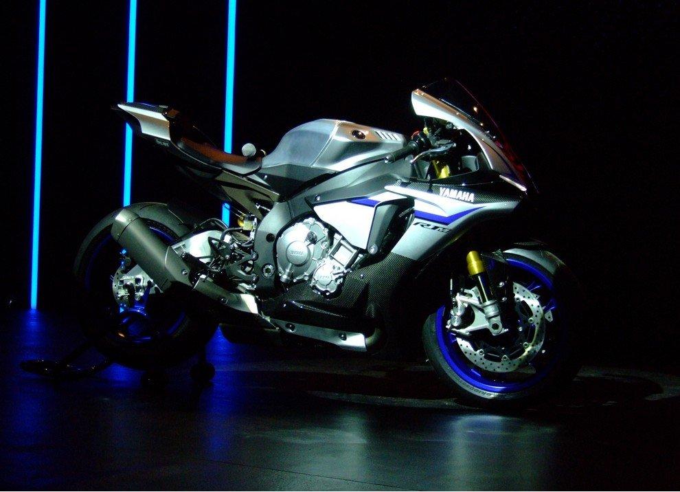 Nuova Yamaha R1: è lei la regina - Foto 95 di 95
