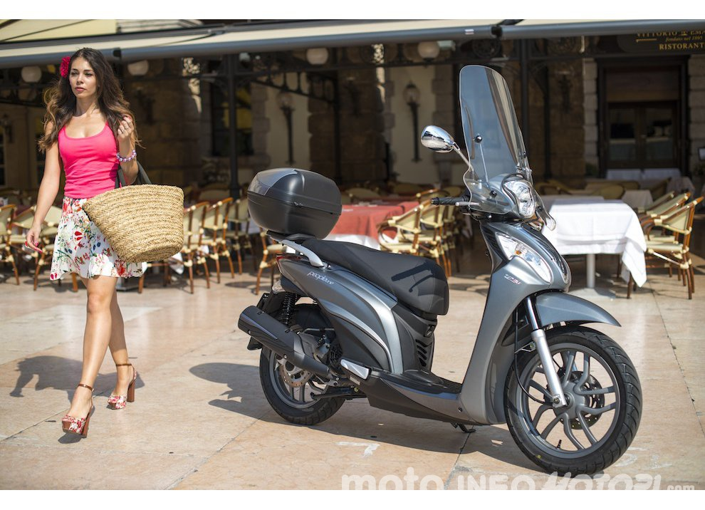 Nuovo Kymco People One 125i DD a 2.300€