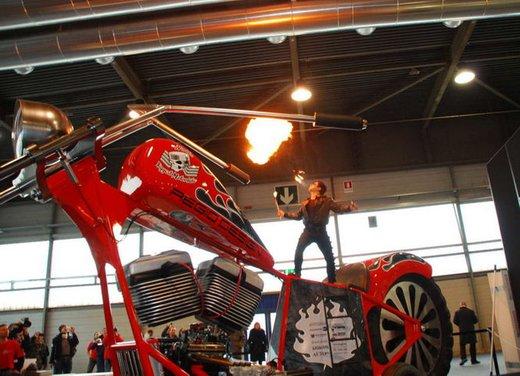La moto più grande del mondo è italiana - Foto 10 di 10