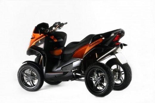 Scooter tre ruote Quadro 350 S al Motor Bike Expo 2013 - Foto 5 di 6