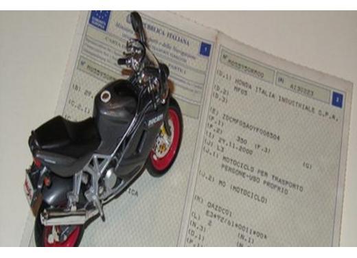 Passaggio di proprietà moto e scooter: regole e costi