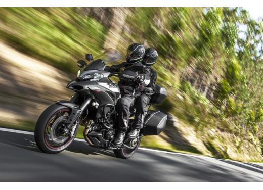 Yamaha R1 Exan
