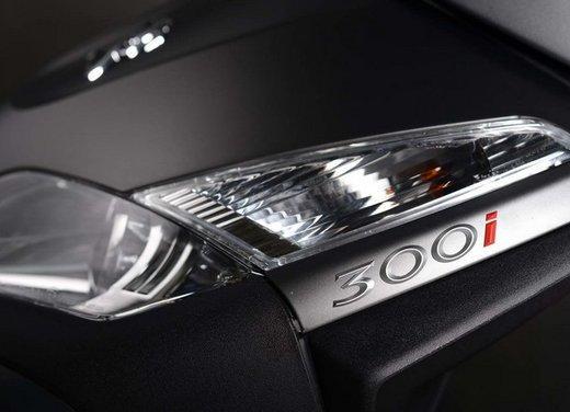 Peugeot Geopolis 300 al Motodays 2013 - Foto 20 di 21