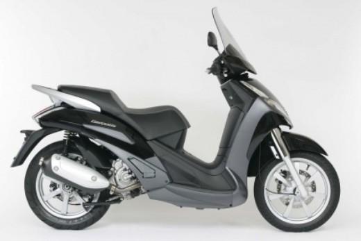 Peugeot Scooters, promozione sugli scooter a ruota alta - Foto 2 di 3