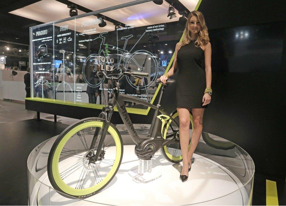 Piaggio Electric Bike Project con motore elettrico - Foto 2 di 7