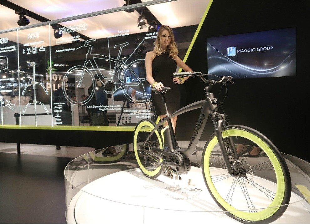 Piaggio Electric Bike Project con motore elettrico - Foto 4 di 7