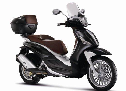 Motodays 2012: novità da Ducati, Piaggio, Aprilia, Moto Guzzi - Foto 17 di 17