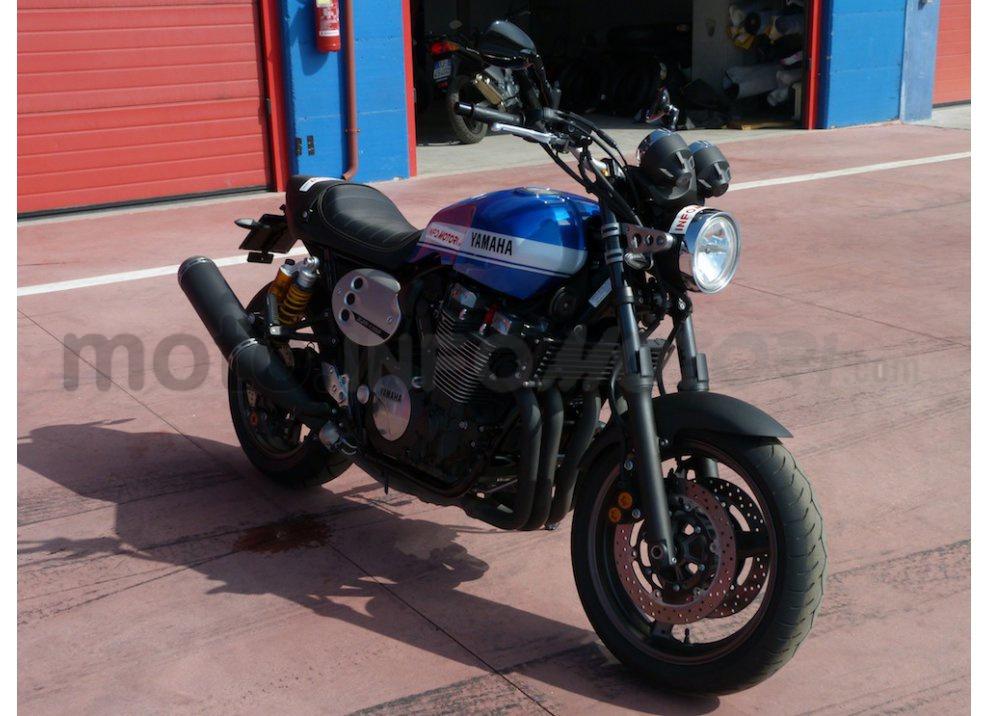Prova Yamaha XJR 1300: tanta coppia su strada e pista