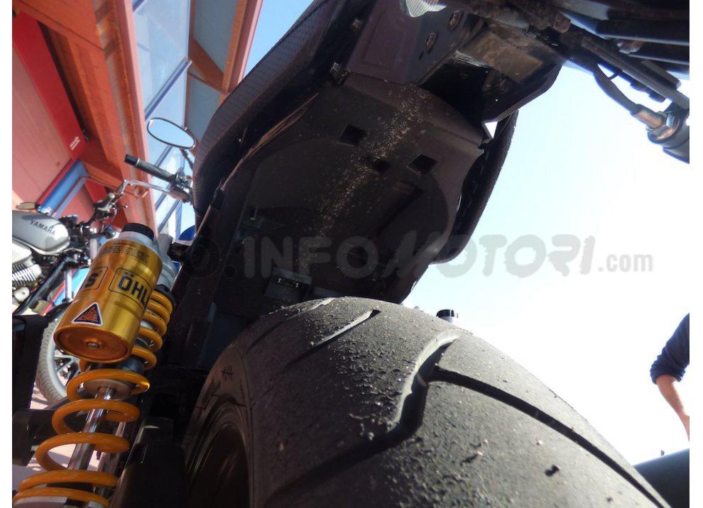 Prova Yamaha XJR 1300: tanta coppia su strada e pista - Foto 25 di 25