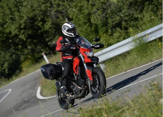Provata la nuova Ducati Hyperstrada: divertirsi molto, viaggiare con moderazione - Foto 7 di 27