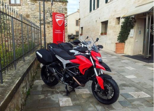 Provata la nuova Ducati Hyperstrada: divertirsi molto, viaggiare con moderazione - Foto 20 di 27
