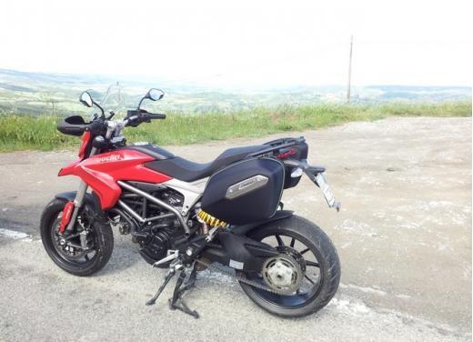Provata la nuova Ducati Hyperstrada: divertirsi molto, viaggiare con moderazione - Foto 24 di 27