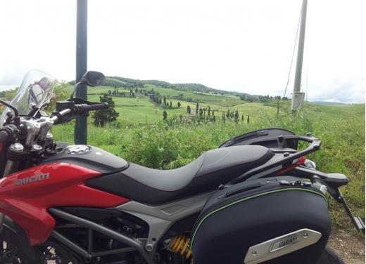 Provata la nuova Ducati Hyperstrada: divertirsi molto, viaggiare con moderazione - Foto 26 di 27