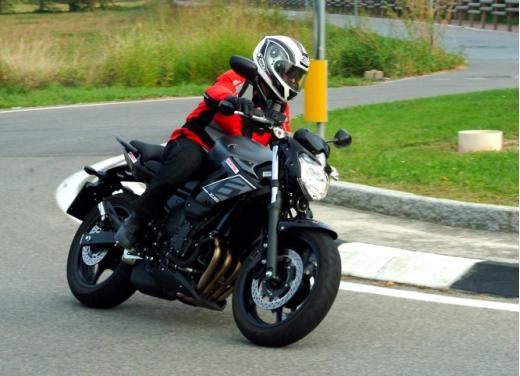 Provata la Yamaha XJ6 SP: non chiamatela entry level - Foto 4 di 34