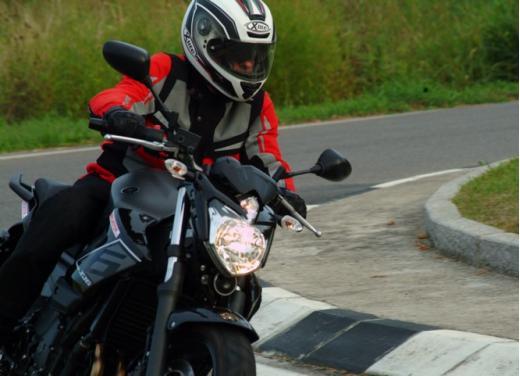 Provata la Yamaha XJ6 SP: non chiamatela entry level - Foto 23 di 34