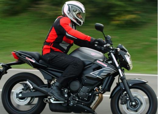 Provata la Yamaha XJ6 SP: non chiamatela entry level - Foto 28 di 34