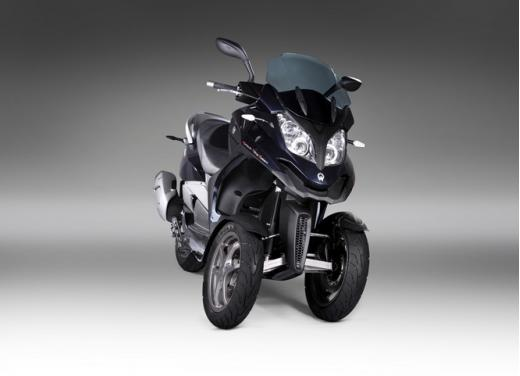 Quadro 350S: test ride a tre ruote - Foto 29 di 38