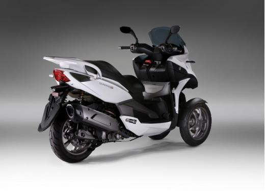 Quadro 350S: test ride a tre ruote - Foto 31 di 38