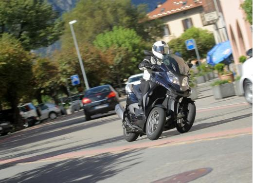 Quadro 350S: test ride a tre ruote - Foto 4 di 38