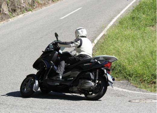 Quadro 350S: test ride a tre ruote - Foto 9 di 38