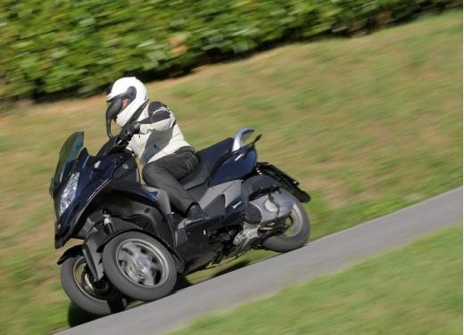 Quadro 350S: test ride a tre ruote - Foto 16 di 38