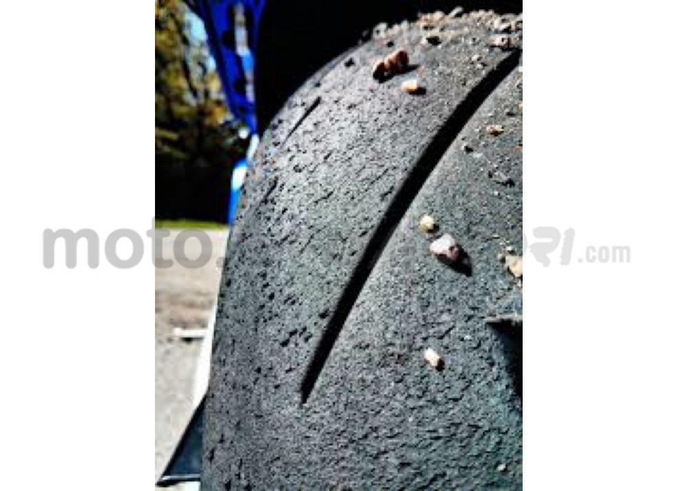 Recensione pneumatici Conti Sport Attack 2 su Yamaha R6, strada e pista - Foto 2 di 5