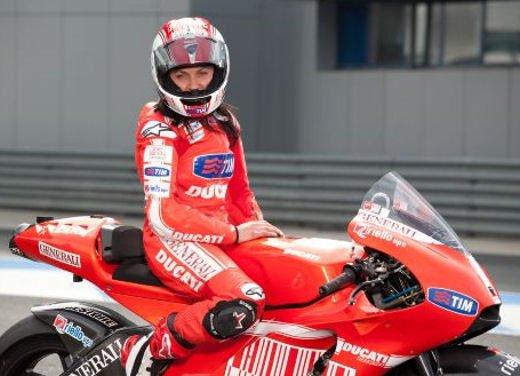 Le donne in moto più brave degli uomini - Foto 15 di 17