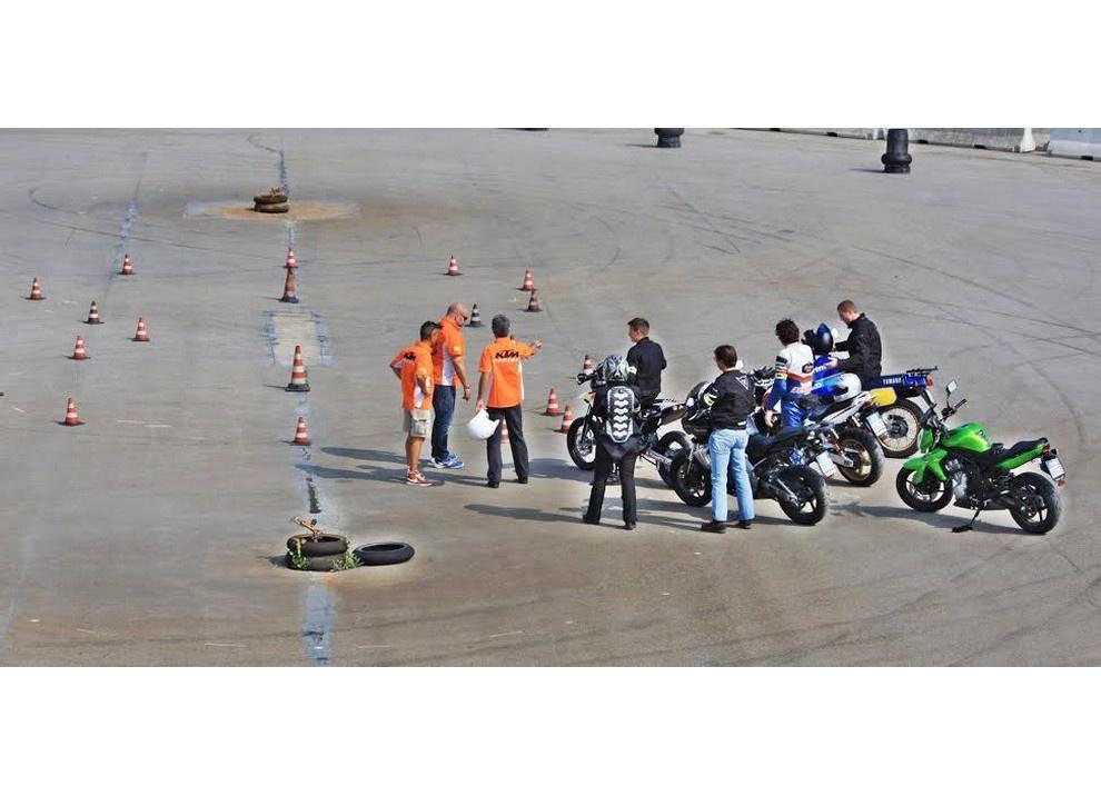 Tutti a scuola con Ciapa la Moto e ASD aMotoMio - Foto 1 di 7