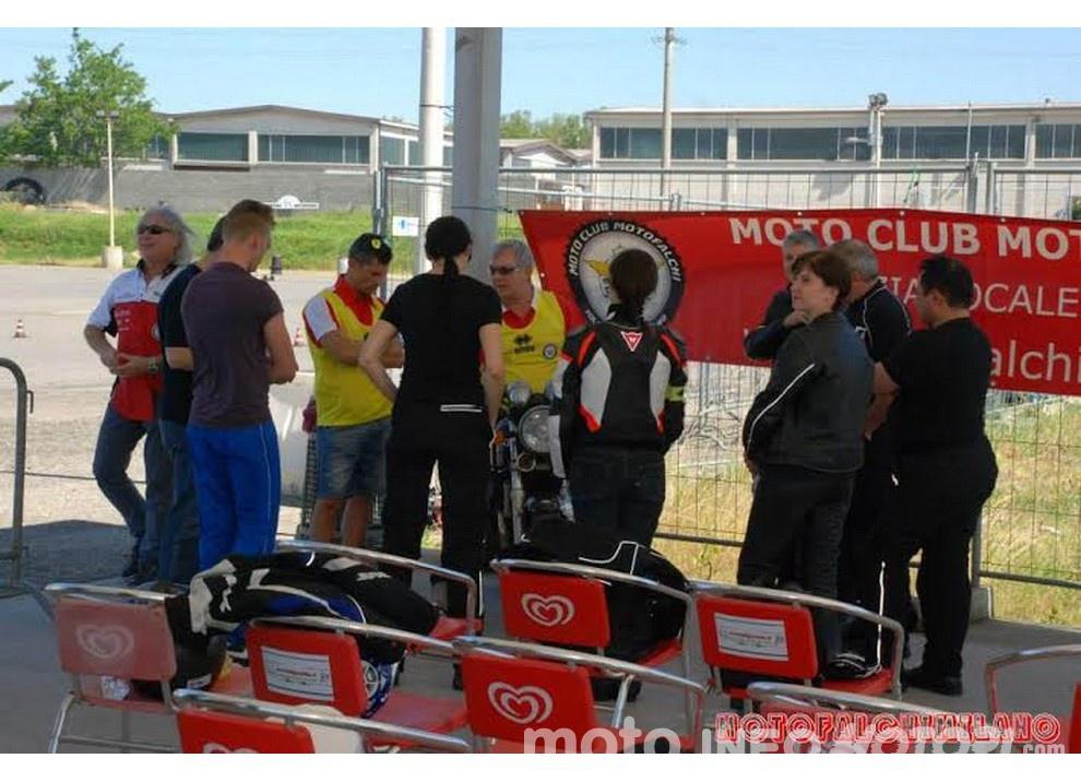 Tutti a scuola con Ciapa la Moto e ASD aMotoMio - Foto 5 di 7
