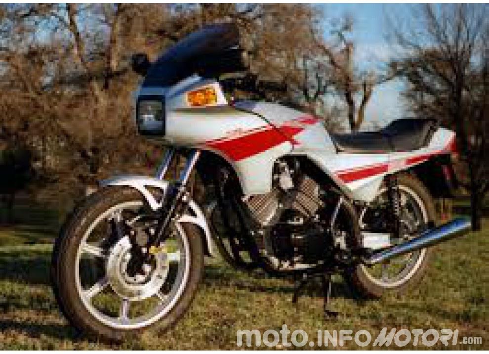 Speciale BMW Motorrad: 80 anni in moto - Foto 6 di 7