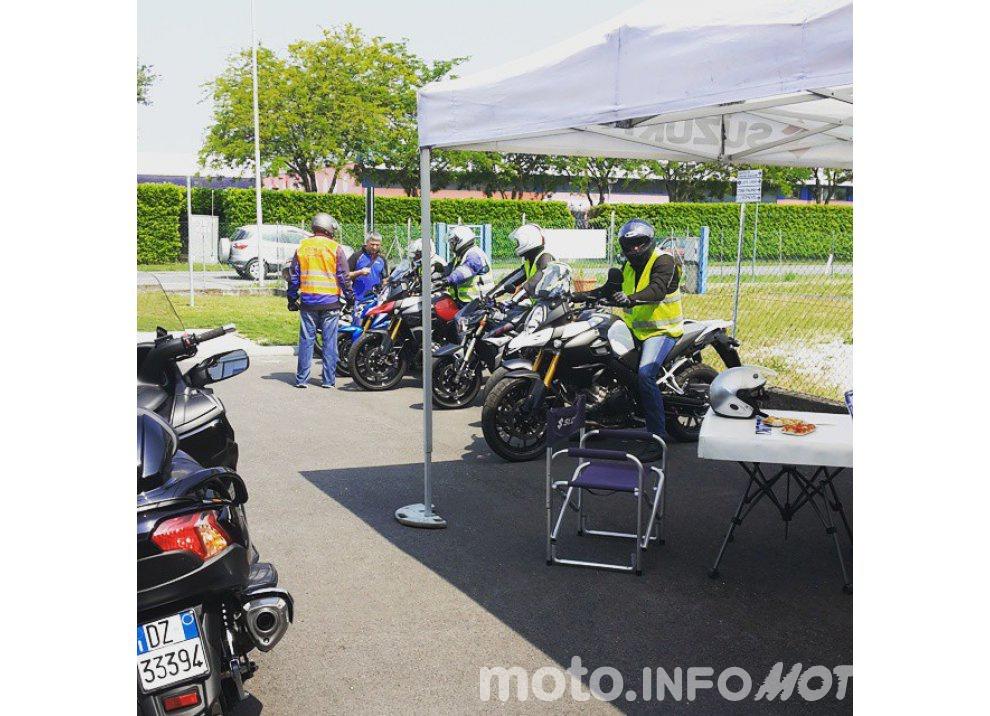 Suzuki, continuano i Demo Ride Tour dal Piemonte alla Sicilia - Foto 6 di 11
