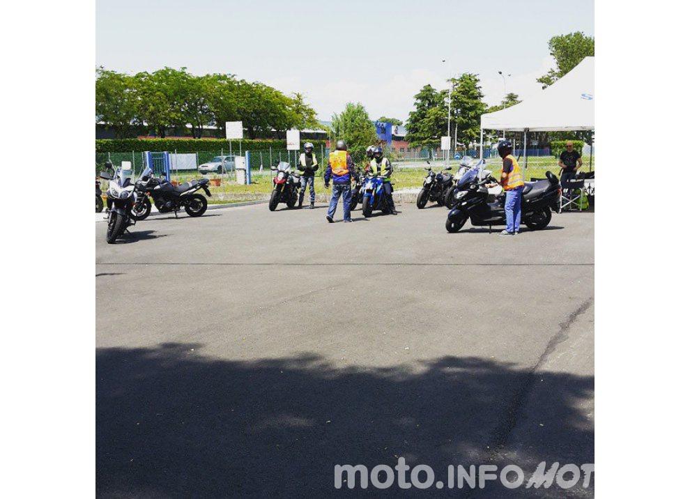 Suzuki, continuano i Demo Ride Tour dal Piemonte alla Sicilia - Foto 7 di 11