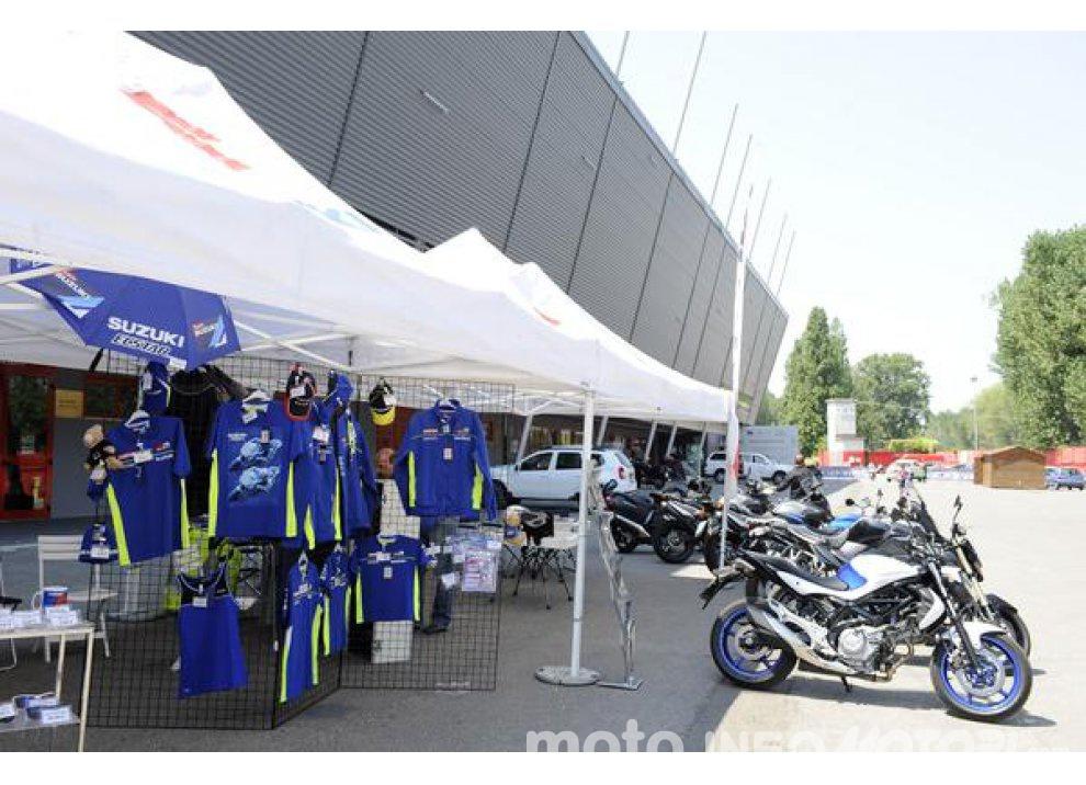 Suzuki, continuano i Demo Ride Tour dal Piemonte alla Sicilia - Foto 9 di 11