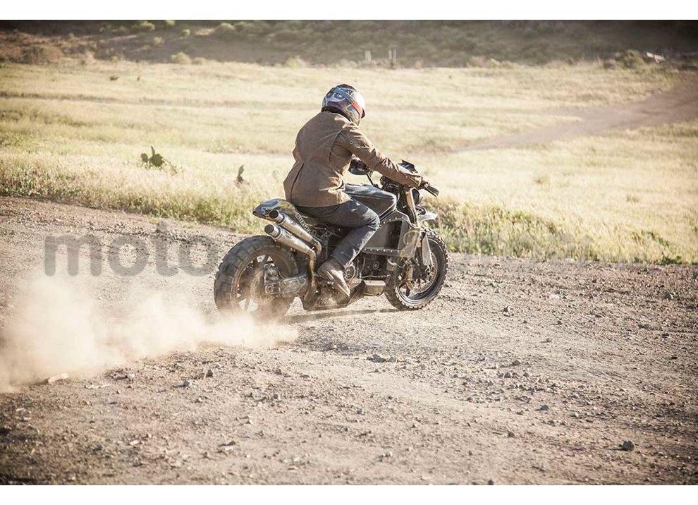 Ducati e Suzuki in un'unica moto: è la SuzuCati di Roland Sands - Foto 21 di 31