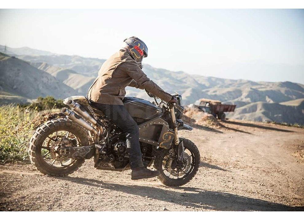 Ducati e Suzuki in un'unica moto: è la SuzuCati di Roland Sands - Foto 22 di 31