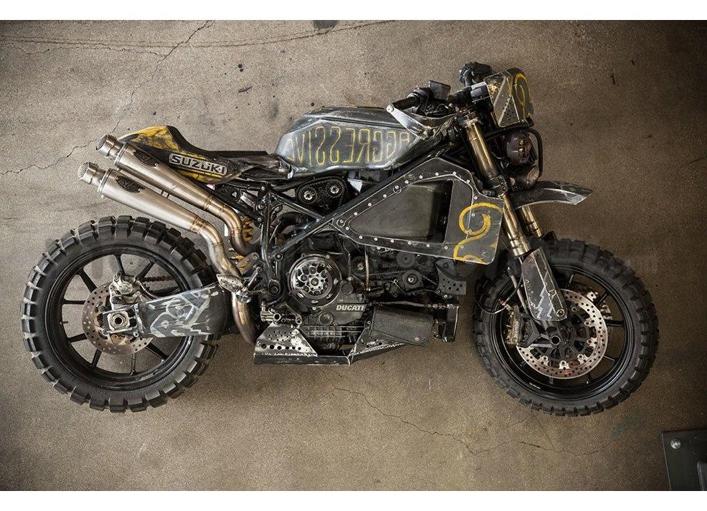 Ducati e Suzuki in un'unica moto: è la SuzuCati di Roland Sands - Foto 1 di 31