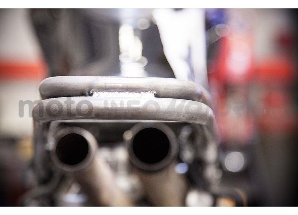 Ducati e Suzuki in un'unica moto: è la SuzuCati di Roland Sands - Foto 27 di 31
