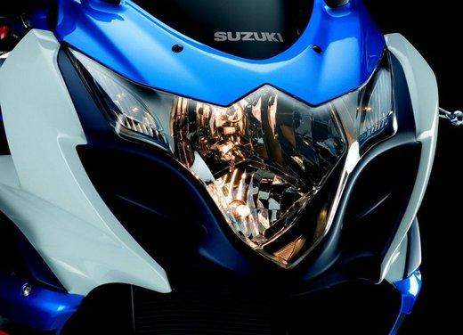 Suzuki a Eicma 2011 - Foto 33 di 36