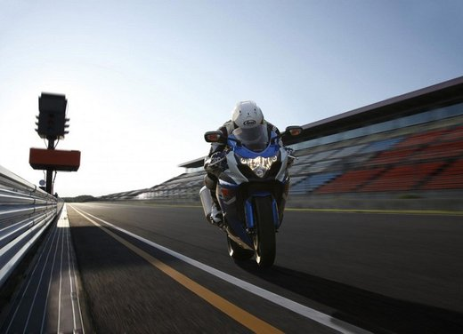 Suzuki a Eicma 2011 - Foto 25 di 36