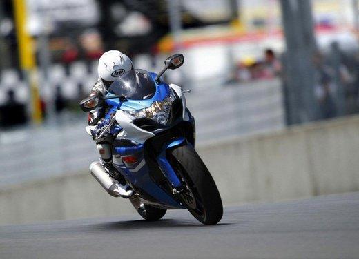 Suzuki a Eicma 2011 - Foto 23 di 36