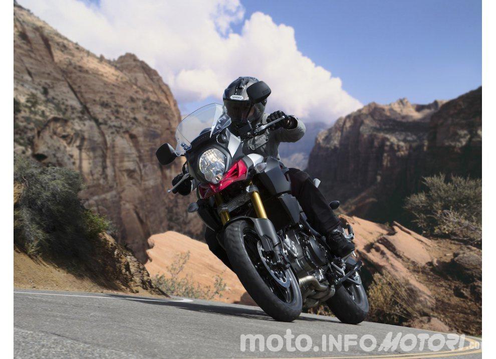 Suzuki: promozioni e sconti sulla gamma moto e scooter 2015 - Foto 1 di 13