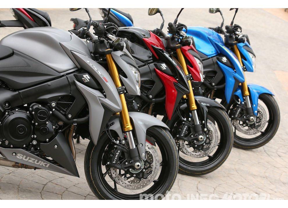 Suzuki: promozioni e sconti sulla gamma moto e scooter 2015 - Foto 2 di 13