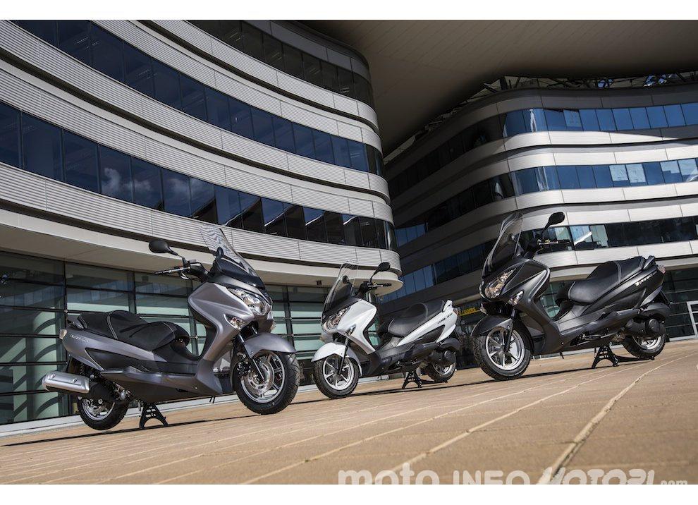 Suzuki: promozioni e sconti sulla gamma moto e scooter 2015 - Foto 3 di 13